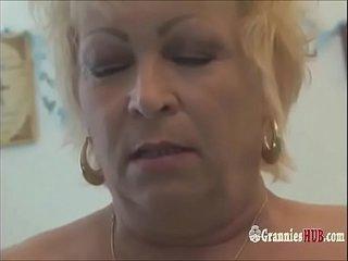 Spraying Wrinkly Grannies Rail A Sybian