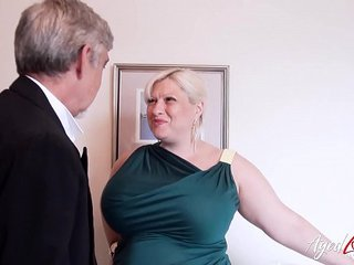 AgedLovE Busty Mature Giving Nasty Buns