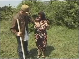 Granny Plumper Ildiko The Farmers Wifey