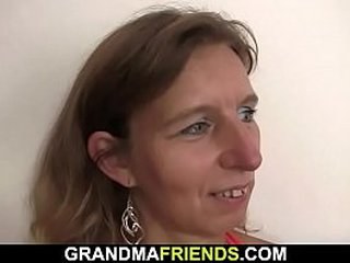 Old granny 3 way fucked