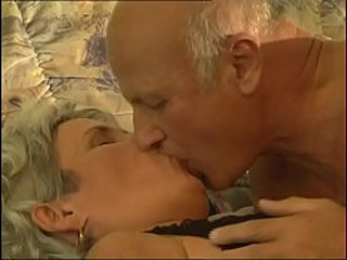 Old granny banged by a old but hard shaft