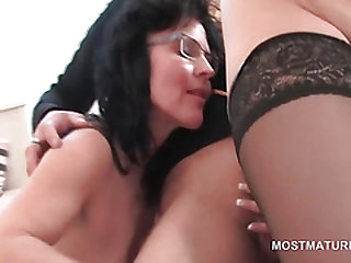Foursome with matures huge-boobed and nailing shaft