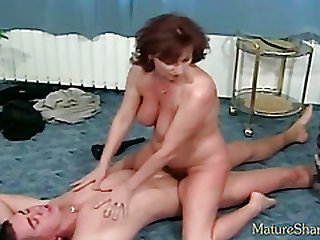 Service with milf nail and rubdown
