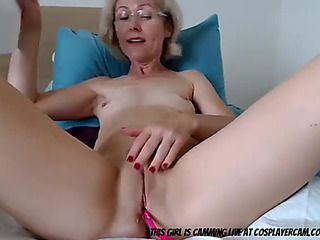 Grandma toying with herself for u to see